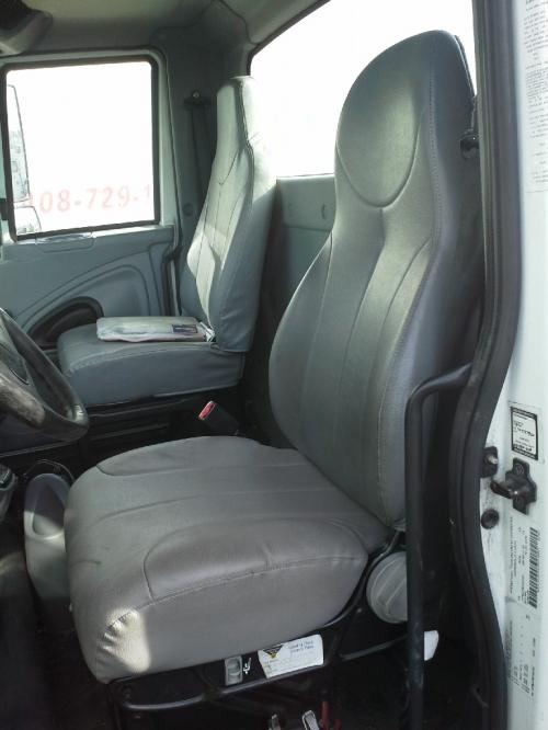 INTERNATIONAL 4200 LP Seat, Front