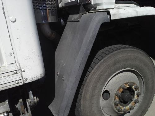 FREIGHTLINER FC80 Fender Extension