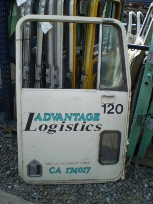 KENWORTH  Door Assembly, Front
