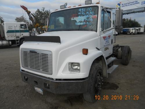 FREIGHTLINER FL70 Air Cleaner