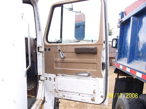 INTERNATIONAL 1824 Door Assembly, Front