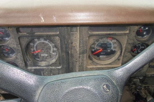 INTERNATIONAL 1954 Instrument Cluster