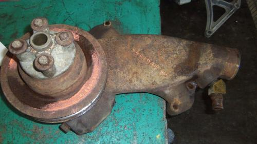 GM 366 Water Pump