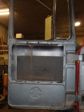 MACK RW613 Door Assembly, Front
