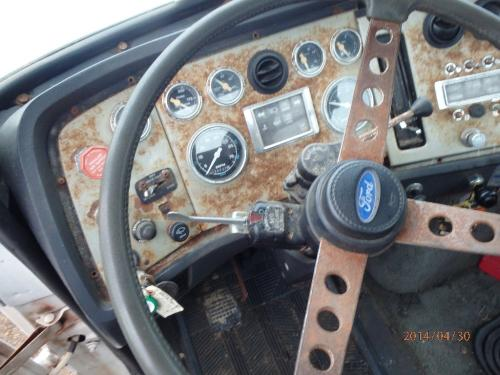 FORD LTL9000 Steering Column