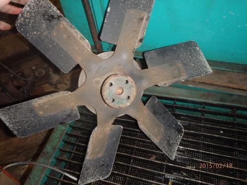 INTERNATIONAL 6.9 DIESEL Fan Blade