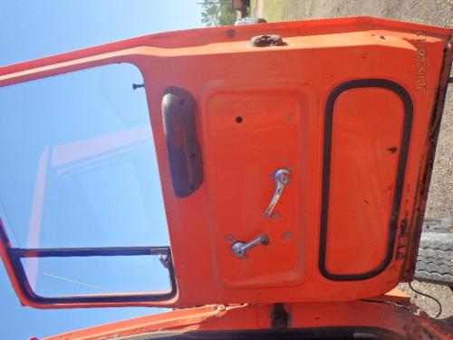 FORD L800 Door Assembly, Front
