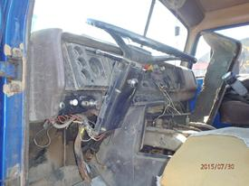 INTERNATIONAL 2275 Steering Column