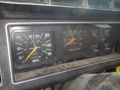 FORD FT900 Instrument Cluster