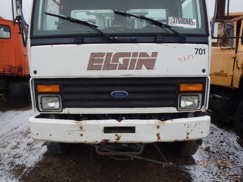 FORD CF7000 Grille