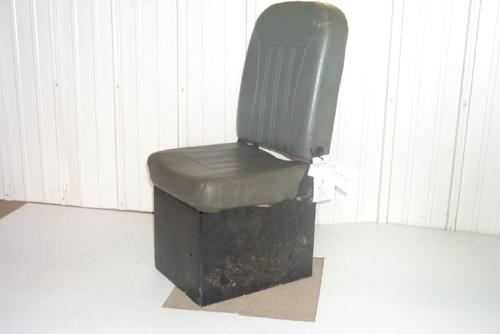 VOLVO WG64T Seat, Front