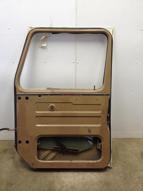 INTERNATIONAL 8300 Door Assembly, Front