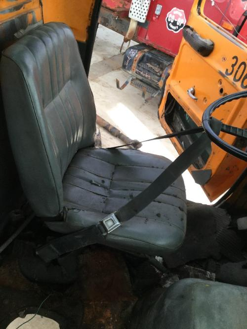 FORD LN9000 Seat, Front
