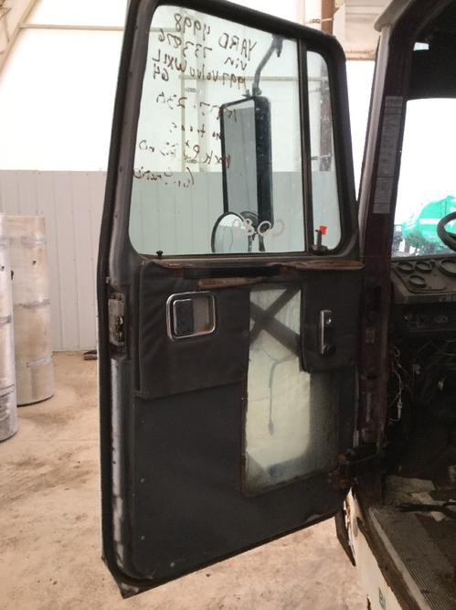 VOLVO WXLL64 Door Assembly, Front