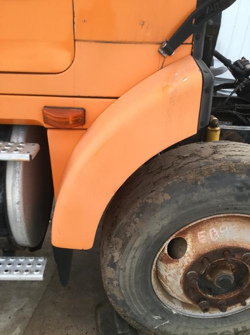 VOLVO WCA42T Fender Extension