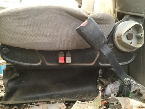 VOLVO VNL64T Seat, Front