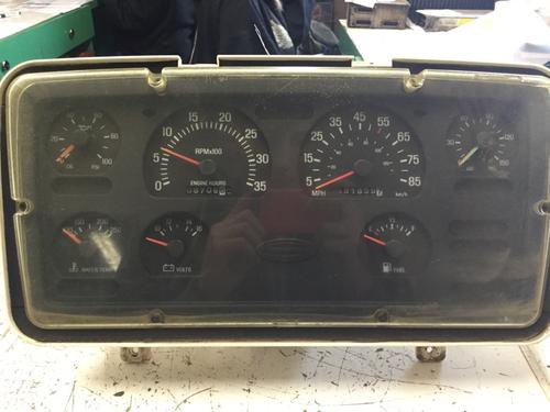 STERLING L8500 SERIES Instrument Cluster