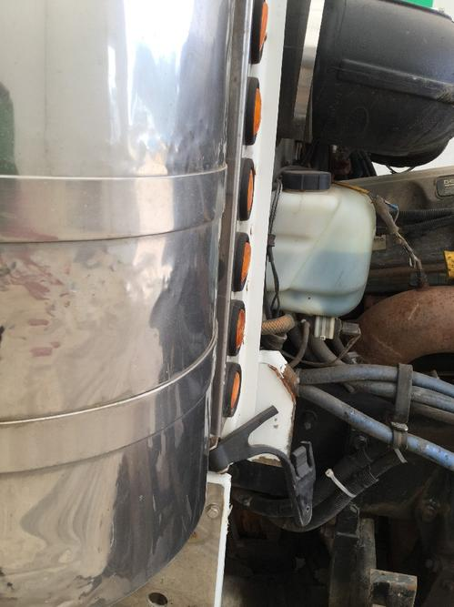 PETERBILT 379 Air Cleaner
