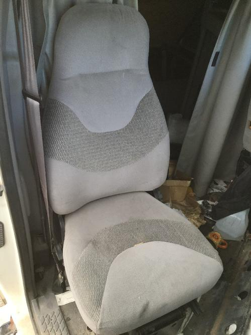 FORD AT9522 AEROMAX 122 Seat, Front
