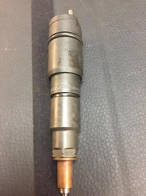 MERCEDES MBE900 Fuel Injector