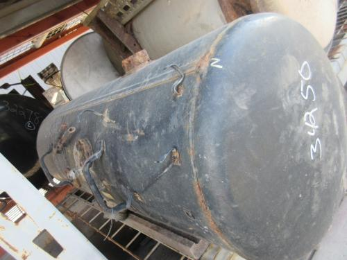 UD TRUCK UD2600 Fuel Tank