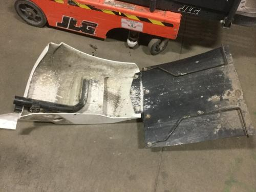 KENWORTH T400 Fender Extension