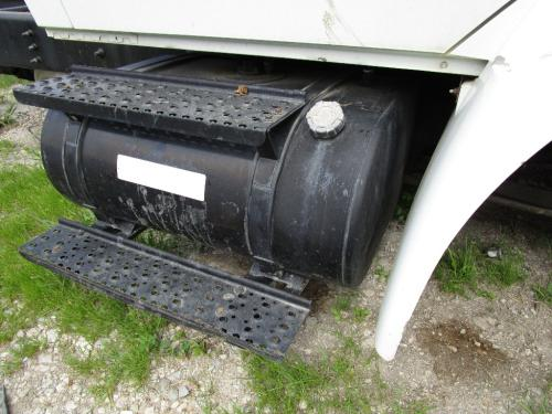 INTERNATIONAL 4200 Fuel Tank