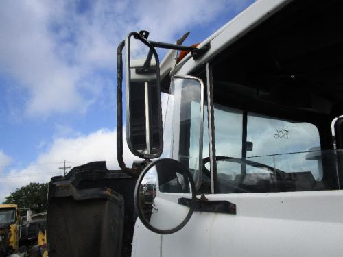 MACK DM690S Mirror (Side View)