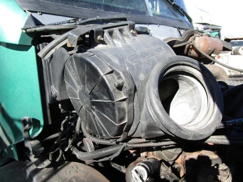 FREIGHTLINER CENTURY CLASS 12 Air Cleaner