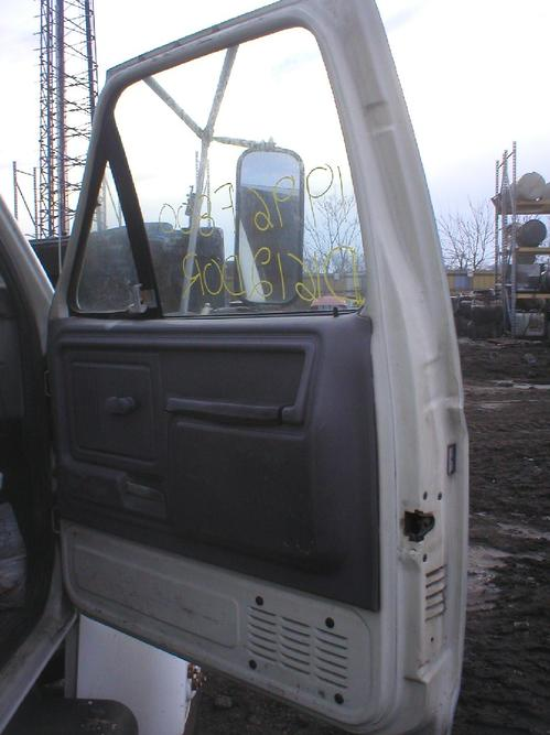 FORD F8000 Door Assembly, Front