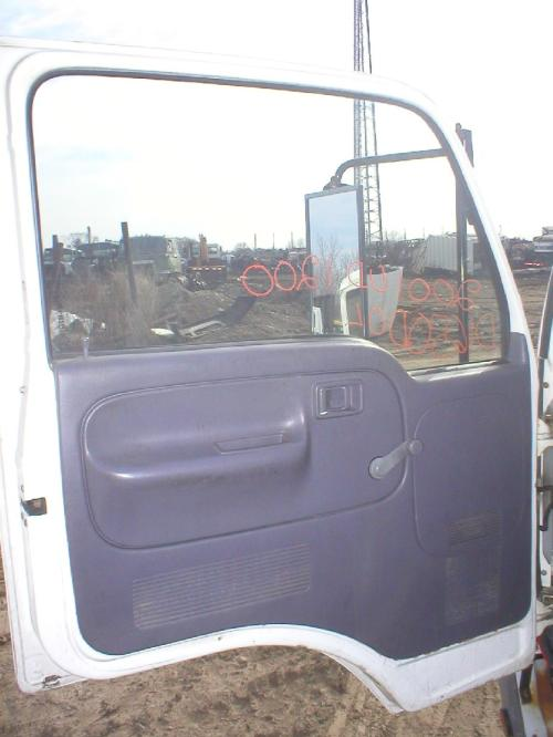 NISSAN UD1200 Door Assembly, Front