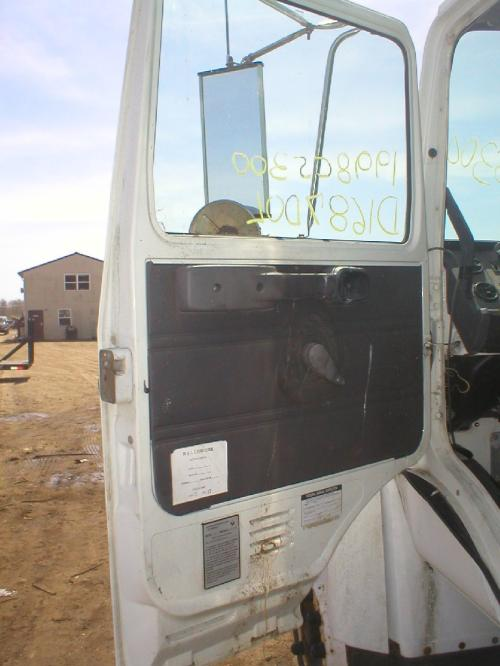 MACK MIDLINER Door Assembly, Front