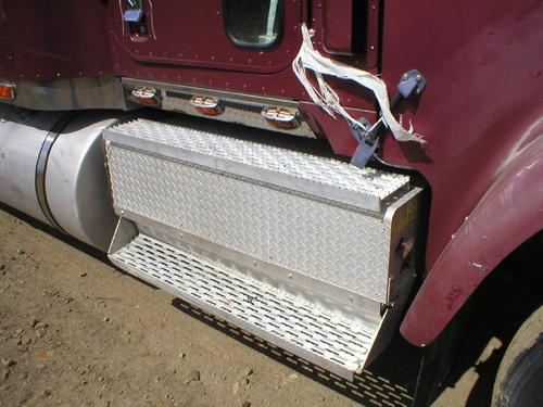 INTERNATIONAL 9300 Tool Box