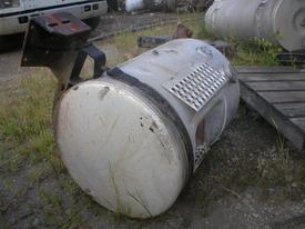 MACK RD600 SERIES Fuel Tank