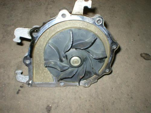 IHC MAXXFORCE 13 Water Pump