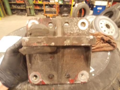 PETERBILT 379 Engine Mounts