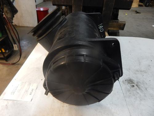 PETERBILT 357 Air Cleaner