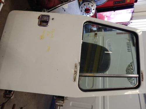 VOLVO WIAT Door Assembly, Front