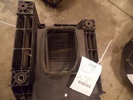 VOLVO VNL200 Air Cleaner