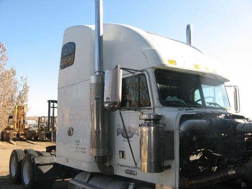 FREIGHTLINER FLD132T CLASSIC XL Cab