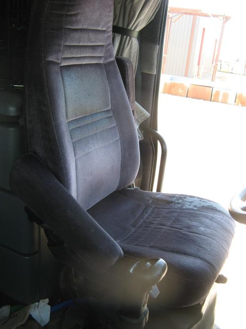 GMC/VOLVO/WHITE VN Seat, Front