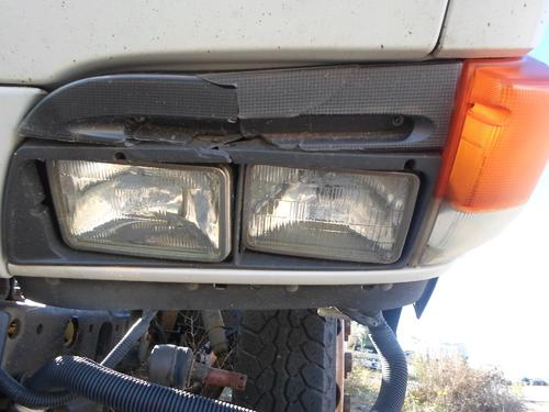 GMC - MEDIUM W3500 Headlamp Assembly