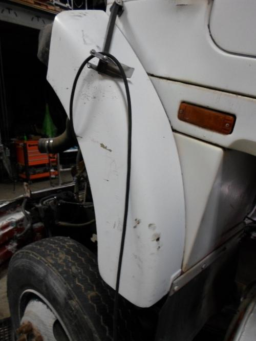 GMC/VOLVO/WHITE WIAT Fender Extension