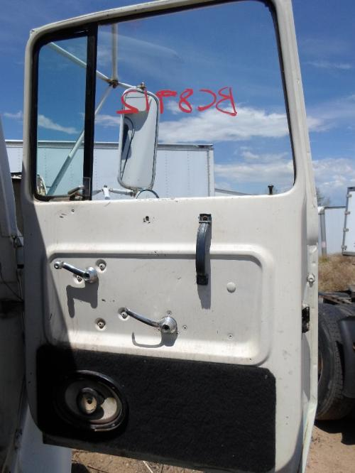 FORD LN600 Door Assembly, Front