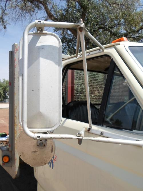 FORD F800 Door Vent Glass, Front