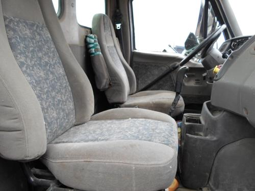 STERLING LT9500 Seat, Front