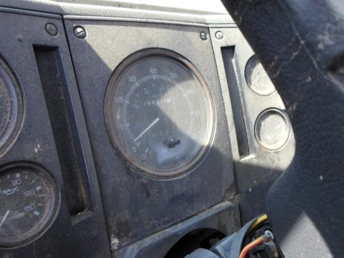 FORD CF8000 Instrument Cluster
