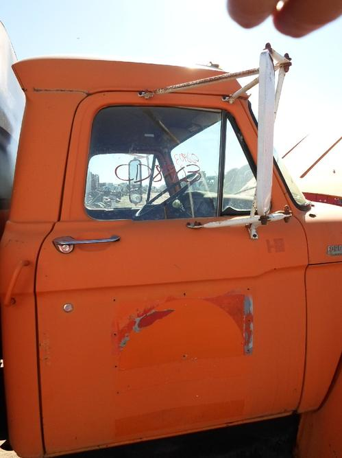 FORD T800 Cab