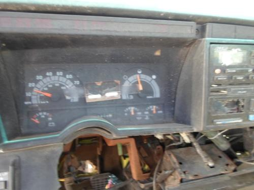 GMC - MEDIUM TOPKICK Instrument Cluster