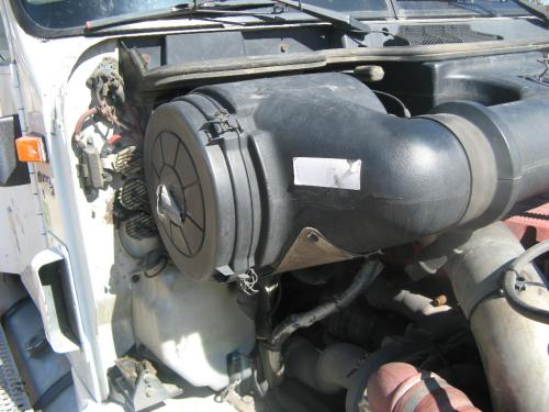 INTERNATIONAL 9400I Air Cleaner